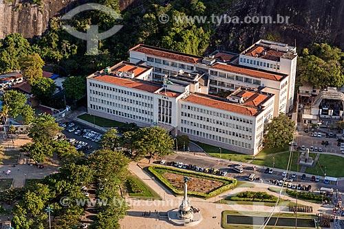 Vista da Praça General Tibúrcio e do Instituto Militar de Engenharia durante a travessia entre o Morro da Urca  - Rio de Janeiro - Rio de Janeiro (RJ) - Brasil