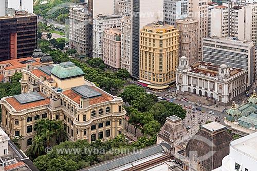 Vista de cima da Biblioteca nacional - à esquerda - com o Bar Amarelinho e o Palácio Pedro Ernesto (1923) - sede da Câmara Municipal do Rio de Janeiro - à direita  - Rio de Janeiro - Rio de Janeiro (RJ) - Brasil