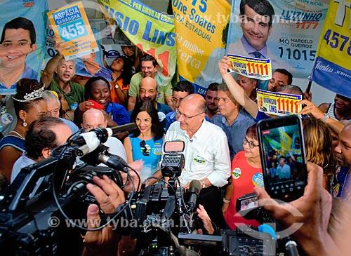 Geraldo Alckmin - candidato à presidência pelo Partido da Social Democracia Brasileira (PSDB) - e Lu Alckmin no Grande Mercado de Madureira (1959) - mais conhecido como Mercadão de Madureira  - Rio de Janeiro - Rio de Janeiro (RJ) - Brasil