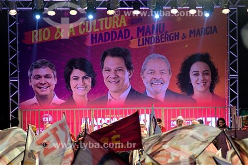 Comício da campanha de Fernando Haddad à presidência pelo Partido dos Trabalhadores (PT) na Cinelândia  - Rio de Janeiro - Rio de Janeiro (RJ) - Brasil