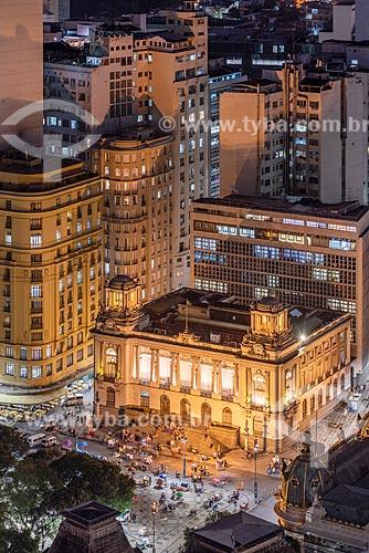 Vista de cima do Bar Amarelinho e o Palácio Pedro Ernesto (1923) - sede da Câmara Municipal do Rio de Janeiro  - Rio de Janeiro - Rio de Janeiro (RJ) - Brasil