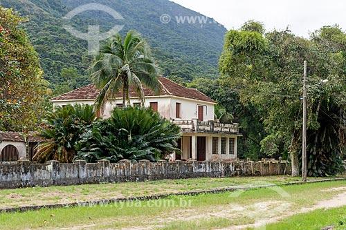 Fachada de casario na Vila de Dois Rios  - Angra dos Reis - Rio de Janeiro (RJ) - Brasil