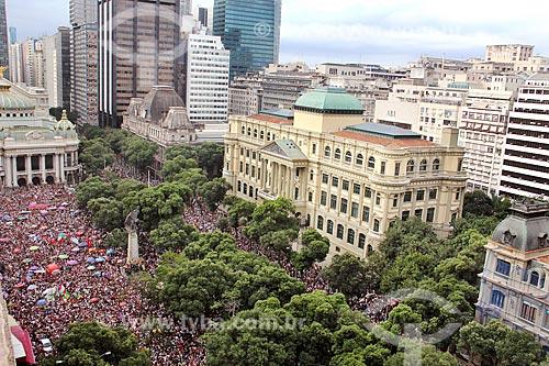 Manifestantes durante a manifestação #EleNão contra o candidato à presidência Jair Bolsonaro  - Rio de Janeiro - Rio de Janeiro (RJ) - Brasil