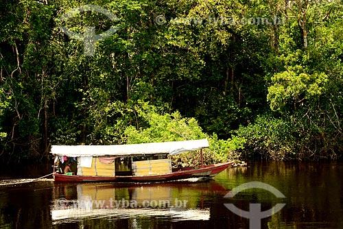 Casa flutuante no Rio Negro  - Amazonas (AM) - Brasil