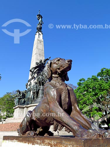 Detalhe do Monumento a Júlio de Castilhos na Praça Marechal Deodoro - mais conhecida como Praça da Matriz  - Porto Alegre - Rio Grande do Sul (RS) - Brasil