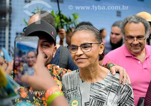 Marina Silva candidata à presidência pelo Rede Sustentabilidade (REDE) próximo ao Shopping dos Jeans  - São João de Meriti - Rio de Janeiro (RJ) - Brasil
