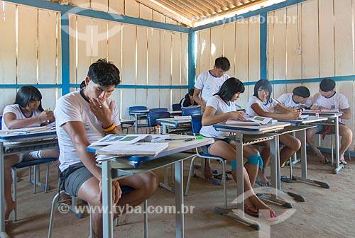 Interior de sala de aula do ensino secundário na aldeia Aiha da tribo Kalapalo - ACRÉSCIMO DE 100% SOBRE O VALOR DE TABELA  - Querência - Mato Grosso (MT) - Brasil