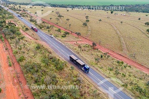 Foto feita com drone de trecho da Rodovia MG-497  - Uberlândia - Minas Gerais (MG) - Brasil