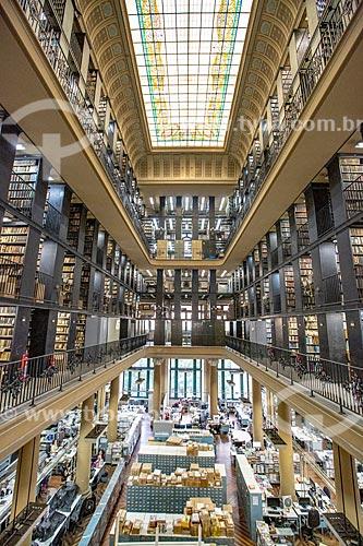Detalhe de clarabóia no interior da Biblioteca Nacional (1910) - Setor de Obras Gerais  - Rio de Janeiro - Rio de Janeiro (RJ) - Brasil