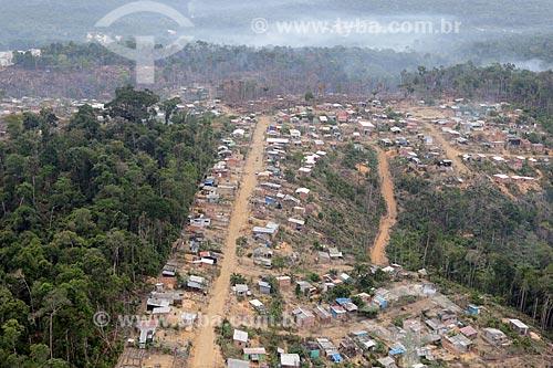 Foto aérea de área desmatada para invasão na cidade de Manaus  - Manaus - Amazonas (AM) - Brasil