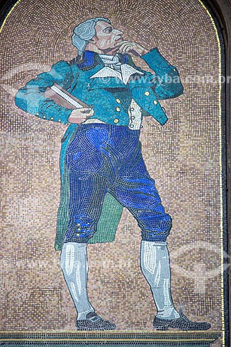 Detalhe de painel de mosaico em homenagem ao pintor, historiador e crítico de arte espanhol Juan Agustín Ceán Bermúdez (1749 - 1829) na fachada lateral do Museu Nacional de Belas Artes  - Rio de Janeiro - Rio de Janeiro (RJ) - Brasil