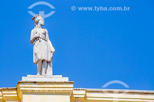 Detalhe de estátua no Campus Praia Vermelha da Universidade Federal do Rio de Janeiro  - Rio de Janeiro - Rio de Janeiro (RJ) - Brasil