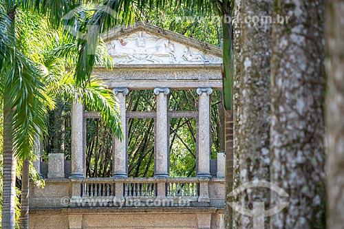 Detalhe do pórtico da antiga da Academia Imperial de Belas Artes no Jardim Botânico do Rio de Janeiro  - Rio de Janeiro - Rio de Janeiro (RJ) - Brasil