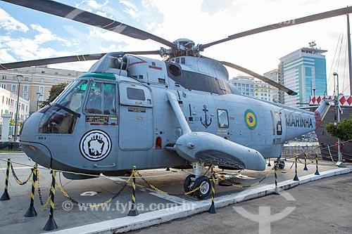 Helicóptero Sikorsky SH-3G Sea King em exibição no Espaço Cultural da Marinha  - Rio de Janeiro - Rio de Janeiro (RJ) - Brasil