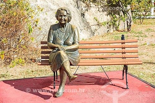 Estátua de Rachel de Queiroz na Praça da Cultura  - Quixadá - Ceará (CE) - Brasil