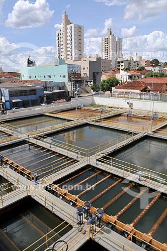 Tanques para filtragem e decantação na Estação de Tratamento do Água Palácio das Águas  - São José do Rio Preto - São Paulo (SP) - Brasil