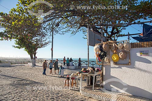 Chapeis à venda próximo à Praia de Morro Branco  - Beberibe - Ceará (CE) - Brasil