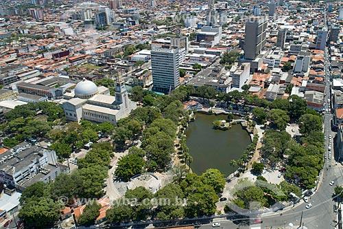 Foto feita com drone do Parque da liberdade - também conhecido como Cidade das Crianças - com o Santuário do Sagrado Coração de Jesus - à esquerda  - Fortaleza - Ceará (CE) - Brasil