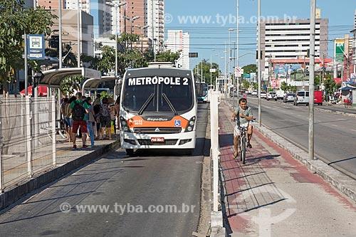 Corredor do Expresso Fortaleza e ciclovia na Avenida Bezerra de Menezes  - Fortaleza - Ceará (CE) - Brasil