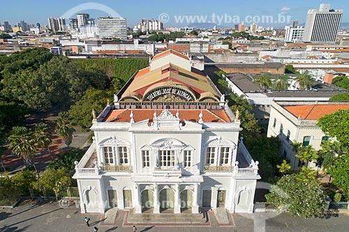 Foto feita com drone da fachada do Teatro José de Alencar (1910)  - Fortaleza - Ceará (CE) - Brasil