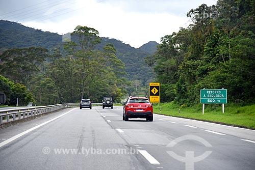 Trecho da Rodovia Washington Luís (BR-040)  - Petrópolis - Rio de Janeiro (RJ) - Brasil