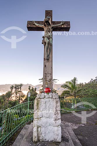 Cruzeiro no Mirante do Cristo - no km 85 da Rodovia Washington Luís (BR-040)  - Petrópolis - Rio de Janeiro (RJ) - Brasil