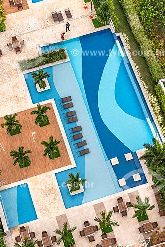Vista de cima de piscina no Condomínio Residencial Ilha Pura Vila dos Atletas - edifícios onde os atletas se hospedaram durante os Jogos Olímpicos - Rio 2016  - Rio de Janeiro - Rio de Janeiro (RJ) - Brasil
