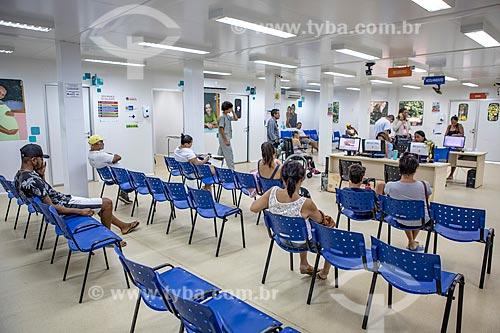 Pacientes na sala de triagem e espera da Unidade de Pronto Atendimento de Inoã (UPA)  - Maricá - Rio de Janeiro (RJ) - Brasil
