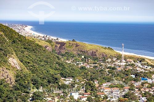 Vista do distrito e da Praia de Itaipuaçu a partir do mirante do Parque Estadual da Serra da Tiririca  - Maricá - Rio de Janeiro (RJ) - Brasil