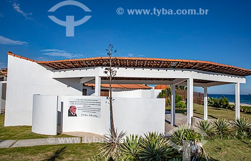 Fachada da Casa Darcy Ribeiro - projetada por Oscar Niemeyer  - Maricá - Rio de Janeiro (RJ) - Brasil