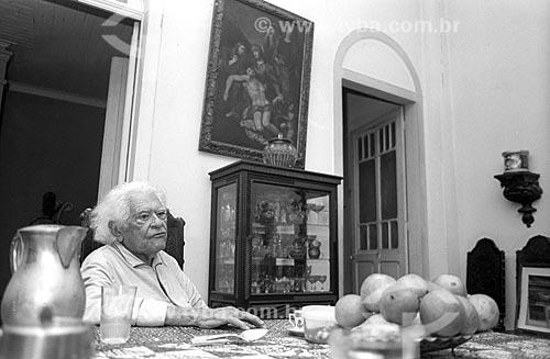 Austregésilo de Athayde - Imortal da Academia Brasileira de Letras (cadeira 8) desde 1951 - em sua casa - década de 80  - Rio de Janeiro - Rio de Janeiro (RJ) - Brasil