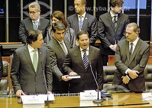 Vice-presidente General Hamilton Mourão durante a leitura do juramento à nação no plenário da Câmara dos Deputados - cerimônia de posse presidencial  - Brasília - Distrito Federal (DF) - Brasil