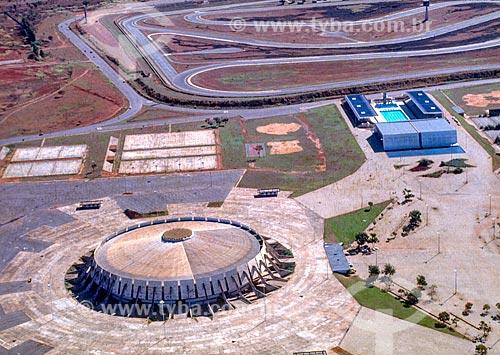 Foto aérea do Ginásio Nilson Nelson durante a construção de Brasília  - Brasília - Distrito Federal (DF) - Brasil