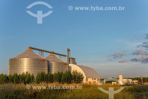 Silos de fazenda na zona rural da cidade de Água Boa  - Água Boa - Mato Grosso (MT) - Brasil