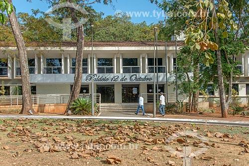 Fachada do Palácio 12 de Outubro - sede da Prefeitura da cidade de Itumbiara  - Itumbiara - Goiás (GO) - Brasil
