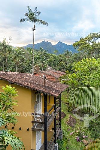 Vista de casas próximas à Área de Proteção Ambiental da Serrinha do Alambari  - Resende - Rio de Janeiro (RJ) - Brasil