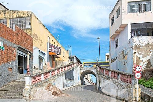 Travessa Tucana sob a Avenida Getúlio Vargas  - Propriá - Sergipe (SE) - Brasil