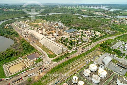 Foto feita com drone da fábrica de Fertilizantes Nitrogenados da Petrobras com o Rio Sergipe ao fundo  - Riachuelo - Sergipe (SE) - Brasil