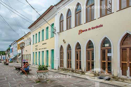 Fachada de agência bancária do Banco do Nordeste com a Câmara Municipal de Laranjeiras  - Laranjeiras - Sergipe (SE) - Brasil