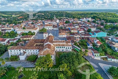 Foto feita com drone da Igreja e Convento de Santa Cruz - também conhecido como Convento de São Francisco - com a Praça São Francisco  - São Cristóvão - Sergipe (SE) - Brasil