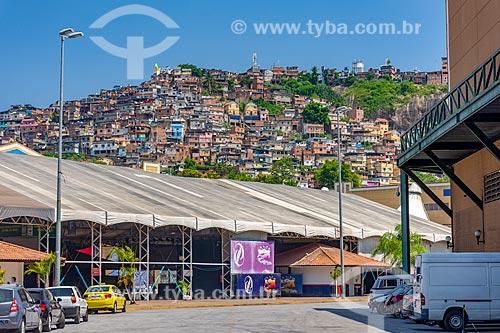 Vista do Morro da Providência a partir da Cidade do Samba Joãozinho Trinta (2006)  - Rio de Janeiro - Rio de Janeiro (RJ) - Brasil