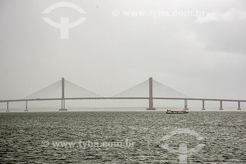 Vista da Ponte Construtor João Alves (2006) - também conhecida como Ponte Aracaju-Barra dos Coqueiros  - Aracaju - Sergipe (SE) - Brasil