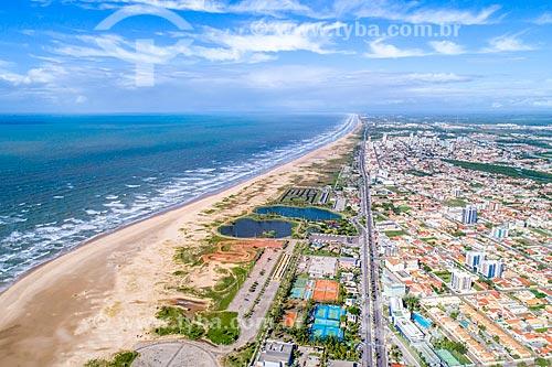 Foto feita com drone da orla da Praia de Atalaia  - Aracaju - Sergipe (SE) - Brasil