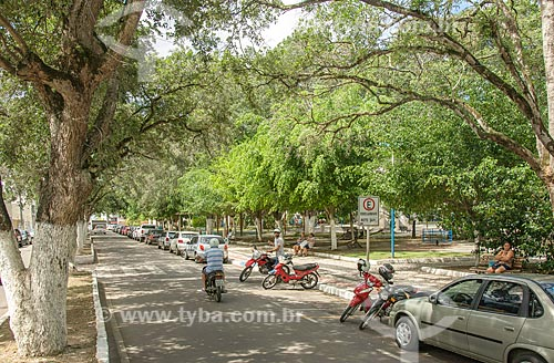 Estacionamento na Praça Fausto Cardoso  - Itabaiana - Sergipe (SE) - Brasil