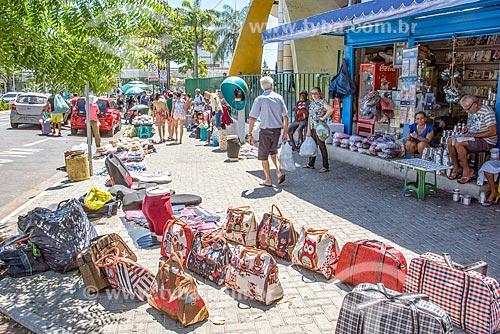 Bolsas à venda no centro da cidade de Fortaleza  - Fortaleza - Ceará (CE) - Brasil