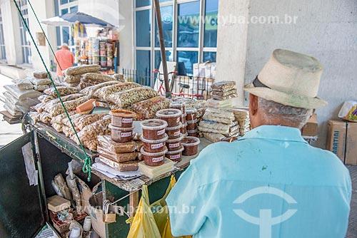 Castanha-do-Pará, doce de Caju e produtos regionais à venda no centro da cidade de Fortaleza  - Fortaleza - Ceará (CE) - Brasil