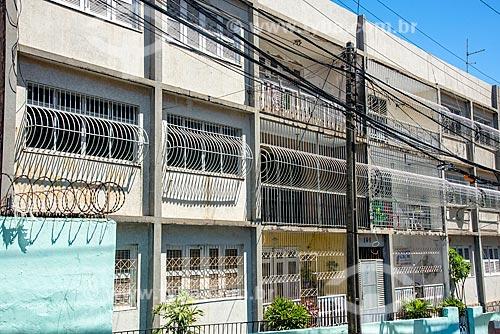 Condomínio residencial cercado de grades e arame farpado  - Fortaleza - Ceará (CE) - Brasil