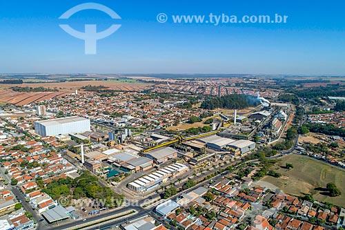 Foto feita com drone de fábrica de suco de laranja na cidade de Matão  - Matão - São Paulo (SP) - Brasil