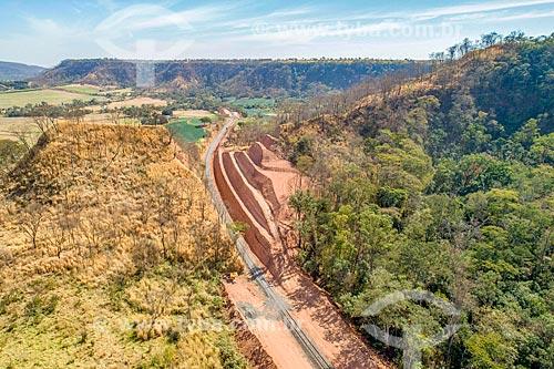 Foto feita com drone do canteiro de obras da duplicação da Estrada de Ferro de Araraquara na Serra de Jaboticabal  - Taquaritinga - São Paulo (SP) - Brasil