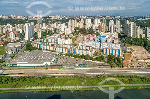 Foto feita com drone de prédios após a urbanização da favela Real Parque  - São Paulo - São Paulo (SP) - Brasil